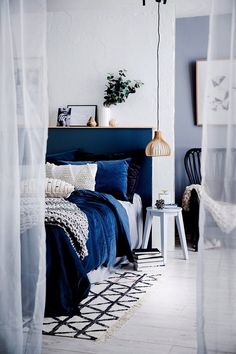 50 Newest Navy Blue Bedroom Decor - Bedroom Bedrooms In 2019 Blue Home Decor Home Decor - Blue Bedroom Decor, Blue Home Decor, Home Bedroom, Design Bedroom, Royal Blue Bedrooms, Blue Rooms, Royal Blue Bedding, Velvet Bedroom, Home Interior