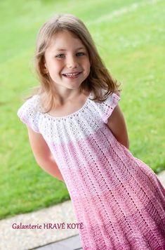 Crochet Toddler Dress, Crochet For Kids, Crochet Baby, Knit Crochet, Kids Dress Clothes, Beautiful Little Girls, Crochet Dolls, Bra Tops, Pretty Dresses