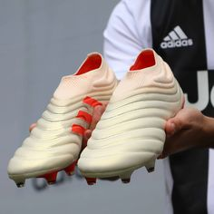 Cool Football Boots, Soccer Boots, Football Shoes, Football Soccer, Best Soccer Cleats, Soccer Gear, Adidas Boots, Adidas Sneakers, Tacos Adidas