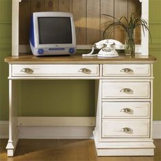 Liberty Furniture Ocean Isle Student Desk In Bisque With Natural Pine