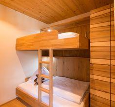 Neue Panorama-Familiensuiten- Kinderzimmer mit Stockbett - Verwöhnhotel Berghof 4-Sterne-Superior Salzburger Land Österreich © www.hotel-berghof.com