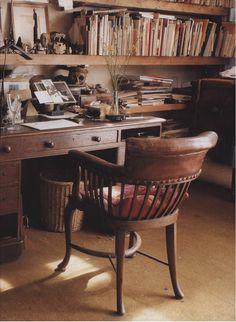 The World of Interiors, April 2001. Photo - Antony Crolla