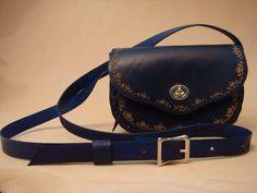 Lyn Tooled Blue Leather Crossbody Bag - Shoulder Purse - Handbag - SND Pattern by HawkinsLeather on Etsy https://www.etsy.com/listing/157038529/lyn-tooled-blue-leather-crossbody-bag