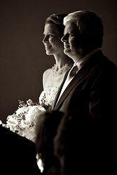 lighting wedding Mitchelldyer Photography Love Pictures, Portland Oregon, Statue, Lighting, Photography, Wedding, Valentines Day Weddings, Photograph, Fotografie