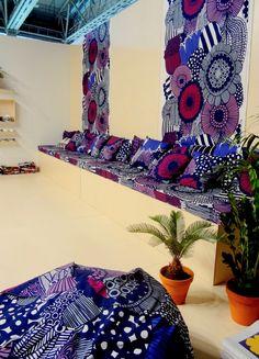 Marimekon Siirtolapuutarha-kuosi tämän hetken trendiväreissä. #marimekko #siirtolapuutarha #tekstiili #habitare2014 #finnishdesign