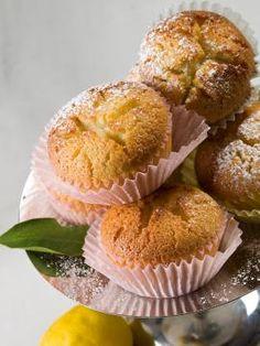 muffins with lemon Candy Crash, Sweet Corner, Lemon Muffins, Special Recipes, Dessert Recipes, Desserts, Greek Recipes, Truffles, Cupcakes