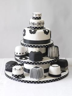 Beautiful Cake Pictures: Unique Black and White Wedding Mini Cakes Tower - Black & White Cakes, Wedding Cakes - Beautiful Wedding Cakes, Beautiful Cakes, Amazing Cakes, Mini Tortillas, Fancy Cakes, Mini Cakes, Fondant Cakes, Cupcake Cakes, Beautiful Cake Pictures