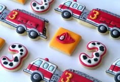 More fabulous cookies by JP Creatibles. My favorite cookie maker ever. Cookies For Kids, Fancy Cookies, Cupcake Cookies, Car Cookies, Fire Truck Cupcakes, Fireman Cake, Fireman Party, Fire Engine Cake, Sugar Cookie Royal Icing