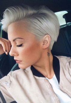 Here are a lot of fresh haircut ideas for short blonde pixie hairstyles to get trendy hair look in 2018. Women who dont have any special idea about short haircuts, they can go to this haircut style in 2018. Pixie with unique blonde hair colors is one of the best combinations in 2018.