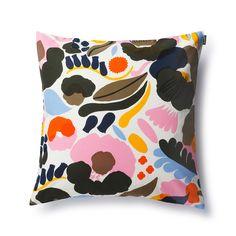 Hattarakukka cushion (130)