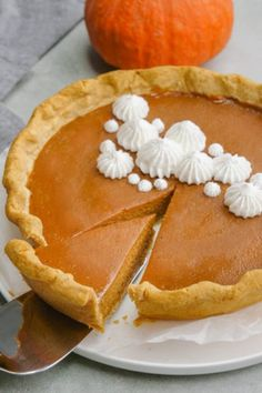 Pumpkin Pie (Classic) - Easy Peasy Meals - - Delicious and simple Classic Pumpkin Pie Recipe: this pumpkin pie is creamy, silky smooth, with a rich filling, is easy to slice, and should be on every Thanksgiving dessert table. Sugar Free Pumpkin Pie, Low Carb Pumpkin Pie, Healthy Pumpkin Pies, Easy Pumpkin Pie, Pumpkin Pie Bars, Homemade Pumpkin Pie, Pumpkin Pie Recipes, Pumpkin Dessert, Pumpkin Pumpkin