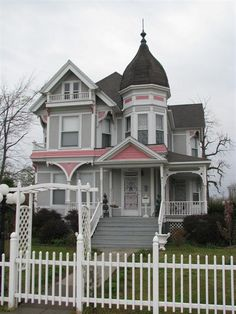 Victorian Houses... sweet, but not sure about the pink?