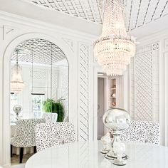 Crystal chandelier love with traditional trelliage // sunrooms