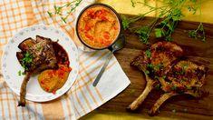 Pork chops with romesco sauce / Vepřové kotlety s omáčkou romesco