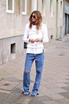 How To Wear Boyfriend Jeans And Still Look Feminine