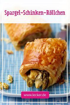 Spargel-to-go: Die Spargelsaison kann mit diesem Rezept auch unterwegs voll ausgekostet werden. In bester Blätterteighülle hast du ihn so immer bei dir. #snacks #snackrezepte #spargel #spargelrezepte #picknick #picknickrezepte #togo #rezepte #blätterteig #blätterteigrezepte #schnellesnacks #schnellerezepte #backen To Go, German, Meat, Chicken, Cooking, Food, Picnic Foods, Popular Recipes, Best Asparagus Recipe