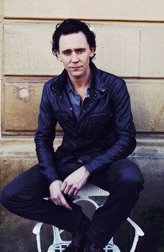 Tom Hiddleston Benedict Cumberbatch, Thomas William Hiddleston, Tom Hiddleston Loki, Loki Laufeyson, Loki Thor, Marvel Actors, Marvel Dc, David Tennant, Chris Hemsworth