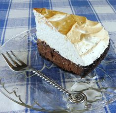 Dark Chocolate Pie with Toasted Marshmallow Topping