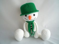 Crochet Snowman / Christmas Snowman / Amigurumi snowman / Christmas Snowman Toy / Crochet Plush / Christmas Decoration / Stocking Filler.