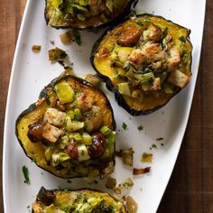 These lovely squash bowls make a festive vegetarian main course for any winter holiday, but they're also a perfect accompaniment to turkey, ham or roast goose. Thanksgiving Vegetable Sides, Vegetarian Thanksgiving, Thanksgiving Recipes, Fall Recipes, Wine Recipes, Holiday Recipes, Cooking Recipes, Vegetarian Turkey, Thanksgiving Prayer