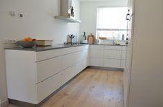 Dit is mijn nieuwe moderne keuken van Kvik, met apparatuur van AEG in mooi Scandinavisch design.