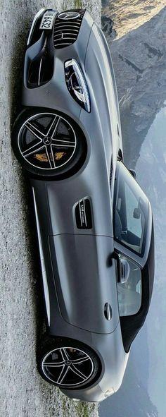 2018 Mercedes Benz AMG GT Roadster