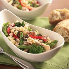 Tonijn pasta salade met groente. Video uitleg van Herman den Blijker: http://youtu.be/56Gropj54WM