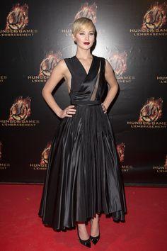Jennifer Lawrence Hunger Games Premiere - Jennifer Lawrence Hunger Games Red carpet | Teen Vogue