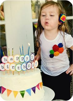 Rainbow Birthday Party ~  #Party, #Rainbow, #Kids