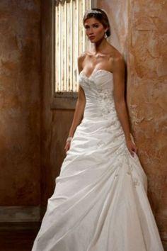 High Quality Taffata Fabric Strapless Neckline Wedding Dress