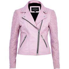 La giacca di pelle per la primavera 2014 si lascia alle spalle il mood dark per interpretare uno stile all'insegna delle tonalità pastello.