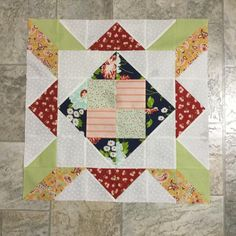 @shequiltsalot look I made my first Delight block and doesn't #thegoodlifefabric and #scrumptiousfabric look great together #apieceofcakebook #quiltingwithkim  #quilt