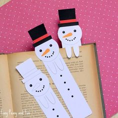 Care for a cute little bookmark? Hop on the blog and print it #easypeasyandfun