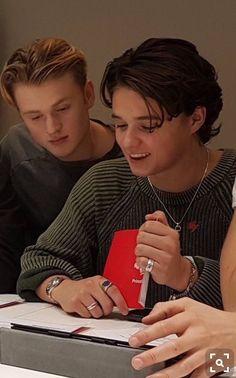 Their hair tho