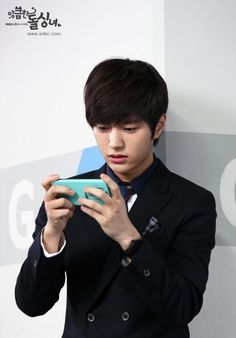 [PIC] 140317 MBC Cunning Single Lady Official Site Photos - Myungsoo #2 pic.twitter.com/iL75rBZFax