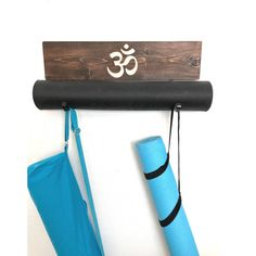 The Om is Carved, you can pick the color for the Om and there is an option with a shelf or without a shelf. It's good to have options #yoga #meditate