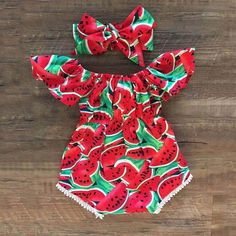 Baby Girls Watermelon Print Bodysuit and Headband - Alles Ãœber Kinder Baby Girls, Cute Baby Girl Outfits, Baby Outfits Newborn, Cute Baby Clothes, Kids Outfits, Cute Outfits, Infant Girl Clothes, Baby Girl Stuff, Babies Clothes