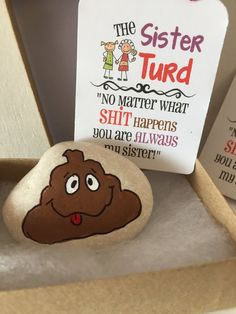 gift funny The SISTER TURD - Gag Gift - garden stone, painted rocks, hand painted stones, rock art, Best friends -girlfriends- shower funny gift - sis Joke Gifts, Funny Gifts, Funny Sister Gifts, Craft Gifts, Diy Gifts, Hand Painted Rocks, Painted Stones, Gag Gifts Christmas, Santa Gifts