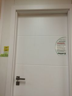 Porta de entrada. Ferreira Costa