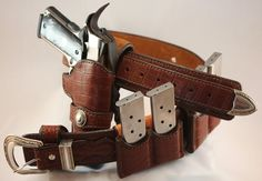 JS Custom Leather Wild Bunch Rig made from American Alligator exotic leather.