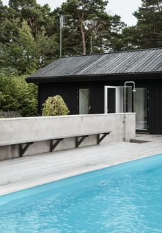 Amazing Swimming Pools, Swimming Pool Designs, Raised Pools, Build My Own House, Haus Am See, Shed Homes, Modern Landscaping, Pool Chemicals, Pool Houses