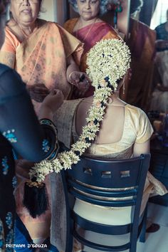 South Indian hairstyle for a south indian bride