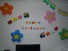 『誕生日の飾り付け』 Kids And Parenting, Diy And Crafts, Party Things, Display, Birthday, Frame, Celebrations, Events, Album