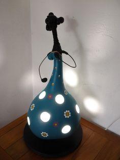 Luz!!! Luminária Boneca em Cabaça. <3