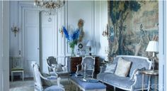 Designers Michael Coorengel and partner Jean-Pierre Calvagrac. William Waldron photo in Elle Decor. French Country Living Room, French Country Decorating, Elle Decor, Classic Decor, Blue Living Room Decor, Living Rooms, French Interior Design, Country Interior, Blue Rooms