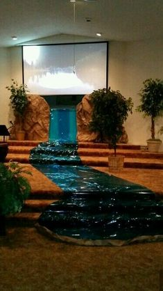 Cave Quest 2016 VBS Maybe a cavern pool on the stage with waterfall down to smaller pool at bottom of steps. Blue tarp, lights, iridescent blue material (cellophane or plastic shower curtain liner) Cave Quest Vbs, Submerged Vbs, Vbs Themes, Bible School Crafts, Church Stage, Vbs 2016, Vbs Crafts, Living Water, Vacation Bible School