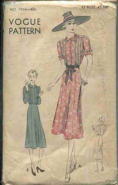 Vintage Sewing Pattern Vogue # 7966 ERA: 1930s SKU - 70344 -