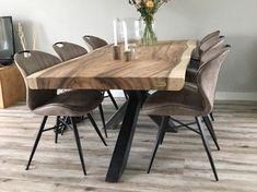 Pin van Shital Jhaveri op Wood slab dining table in 2020 Wood Slab Dining Table, Dining Room Table Decor, Living Room Decor, Timber Furniture, Decoration, Wow Factor, Home Decor, Modern Dining Table, Dining Room