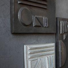 Set Forme Geometrice in Relief Negru House Doctor House Doctor, Door Handles, Geometric Patterns, Earthenware, Clock, Wall Decor, Posters, Medium, Unique