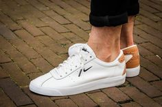 Tendance Sneakers 2018 : Nike Match Classic Suede PRM Brogue White Vachetta Tan - Adidas White Sneakers - Latest and fashionable shoes - Tendance Sneakers 2018 : Nike Match Classic Suede PRM Brogue White Vachetta Tan White Shoes Men, White Sneakers, Casual Sneakers, Casual Shoes, Shoes Women, Men's Shoes, Shoe Boots, Shoes Sneakers, Mens Fashion Shoes